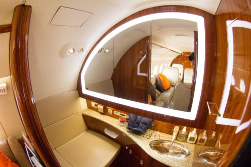 advance aviation jet_interior lavatory